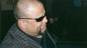 Tazz - Tazz signing autographs in 2006