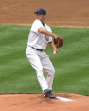 Ted Lilly - Lilly pitching for the Cubs in 2007.