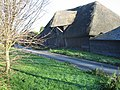 Thatched barn on Barton Farm - geograph.org.uk - 633088.jpg