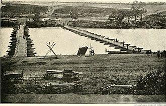 Battle of Franklin's Crossing - Two pontoon bridges at Franklin Crossing
