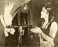 The Delicious Little Devil (1919) - 4.jpg