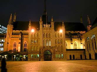 """United Kingdom commercial law - The Guildhall, London was the administrative centre of London's medieval trade. Its most famous inhabitant, mythologised in the 19th century play, was Dick Whittington and His Cat who came when he heard that """"London streets are paved with gold""""."""