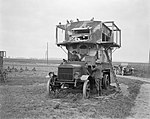 The Royal Engineers Signals Service on the Western Front, 1914-1918 Q8999.jpg