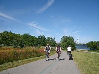 Cycling in Toronto - Cyclists at Toronto's Martin Goodman Trail, a mixed-use trail for cyclists and pedestrians.