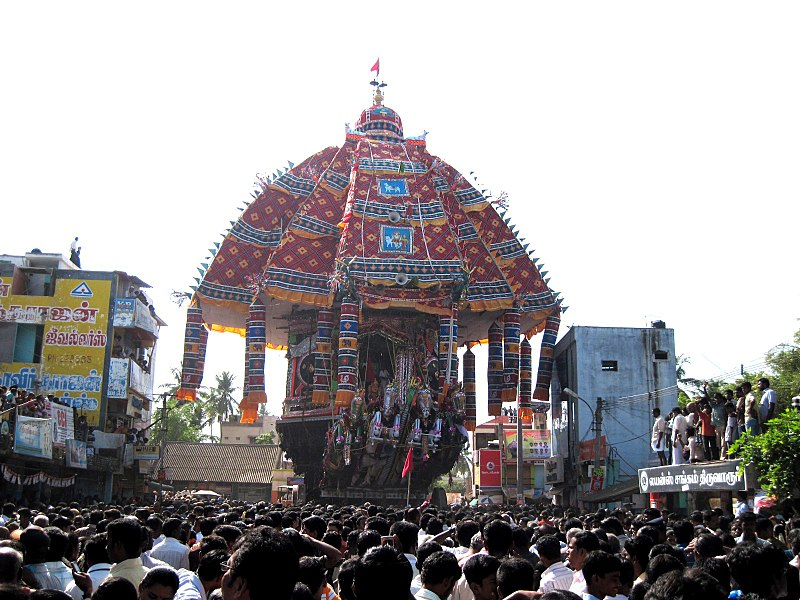 File:Tiruvarur temple car festival 2010.jpg