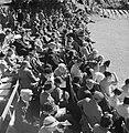 Toeschouwers bij de Highland Games, een negentiende eeuwse voortzetting van trad, Bestanddeelnr 254-2846.jpg