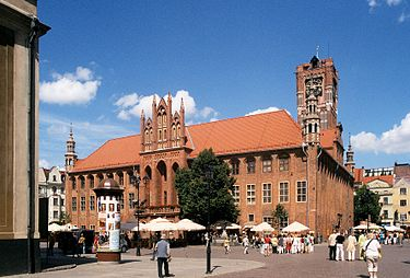 The medieval city of Torun, birthplace of Nicholas Copernicus, is today the seat of the provincial assembly Torun ratusz corr.jpg