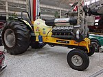 Tractor Pulling Tractor (36929239843).jpg