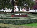 Trojská zámecká zahrada, plechová nádrž s vodou.jpg