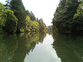 Tualatin River - The Tualatin as it passes Rivergrove on the left and Tualatin on the right