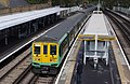 Tulse Hill railway station MMB 13 319008 319363.jpg