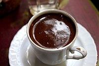 Τούρκικος (ή ελληνικός) καφές, σε μικρό φλυτζάνι