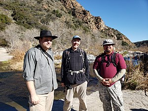 US-SAN Temecula Gorge hikers 2.jpg