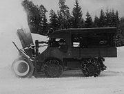 Unimog mit Schneefräse um 1955