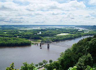 Mississippi River System - Upper Mississippi River National Wildlife and Fish Refuge - panoramio