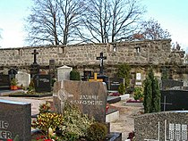 Veitsbronn-wehrkirchhof-oestliche-mauer-v-w.jpg