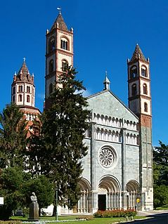 church building in Vercelli, Italy