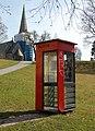 Vernet telefonkiosk-Danmarksgata 4 A Krysset Opplandsgata -Vålerenga kirke (cropped).jpg