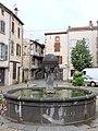 Vic-le-Comte - Fontaine place du Vieux-Marché -579.jpg