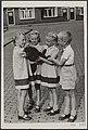 Vierlingen, kinderen, honden, Kiffers, Dorothea, Kiffers, Elly, Kiffers, Rini, K, Bestanddeelnr 049-0357.jpg
