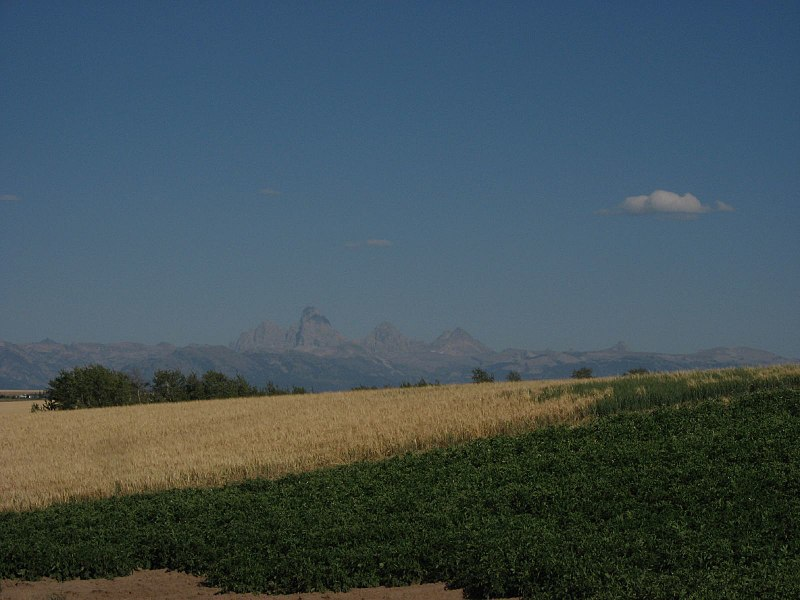 File:View of Teton Range, Idaho State Highway 33 Northeast of Rexburg, Idaho (1164645767).jpg