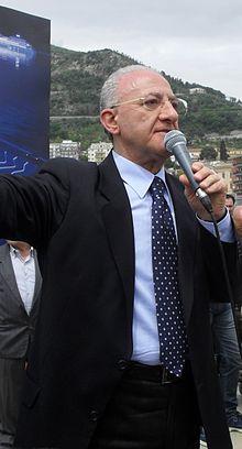 Vincenzo De Luca nel 2011.