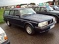Volvo 240 (4951619606).jpg