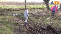 File:Vrijwilligers in de weer voor NL doet - Altena TV.webm