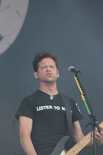 Jason Newsted - Jason Newsted playing live with his band Newsted in 2013.
