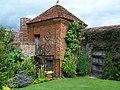 Walled garden, Packwood House - geograph.org.uk - 746106.jpg