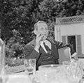 Walter Mehring zittend op een terras, Bestanddeelnr 254-5052.jpg