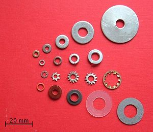 Washer (hardware) - Assorted washers: flat, split, star and insulating