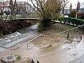Wassertretstelle am Dorfbach in Merzhausen nach Hochwasser mit Sand und Kies gefüllt.jpg