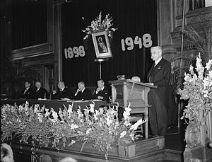 Gerrit van Iterson - Van Iterson at the podium: 50-year jubilee of Queen Wilhelmina