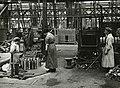Women copper banding t60 pdr shrapnel (15273576459).jpg
