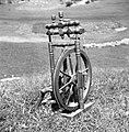 """""""Kalourat"""" (kolovrat) za vouno (volno) prest, star okoli 80 let, Vojsko 1959.jpg"""