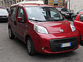 ' 08 ITALY - Fiat Qubo 5rosso milano.jpg