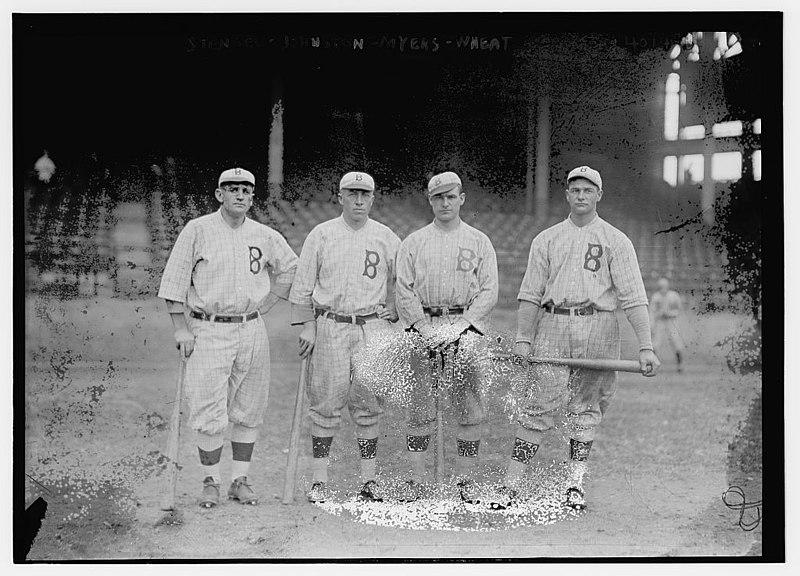 File:(Casey Stengel, Jimmy Johnston, Hy Myers, Zack Wheat, Brooklyn NL (baseball)) LOC 14960385688.jpg