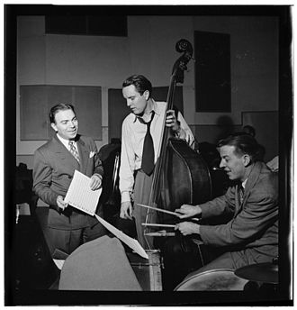 Bob Haggart - Haggart (center) in New York, 1947