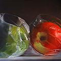 Äpplen i plast.jpg