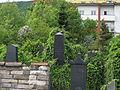Židovský hřbitov v Berouně, náhrobní kameny.jpg