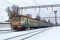 ЭР9М-520, Украина, Киев, станция Киев-Товарный (Trainpix 209942).jpg