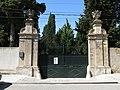 02 Casa Pladellorens (Vilafranca del Penedès), accés des del c. de l'Estació (la Granada).jpg