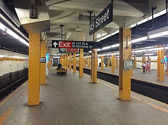 145th Street (IND Eighth Avenue Line) - Lower level platform