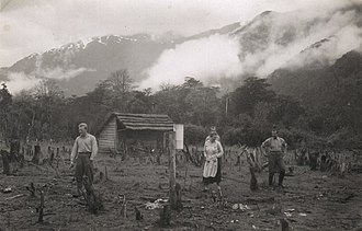 German Chileans - German settlers in Aysén Region in the 1930s.