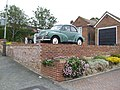 1969 Morris Minor 1000 at St Helen's, Hastings, East Sussex.jpg