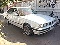 1995-1996 BMW 525iA (E34) Sedan (18-03-2018) 02.jpg
