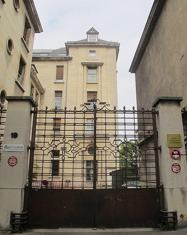 Fichier 19 avenue du maine paris wikip dia for Garage avenue du maine