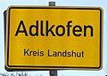 2008 Ortsschild Adlkofen (von Blumberg kommend).jpg