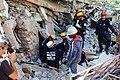 2010년 중앙119구조단 아이티 지진 국제출동100118 중앙은행 수색재개 및 기숙사 수색활동 (201).jpg